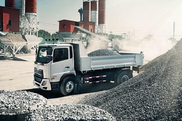 Find UD trucks on Truck & Trailer