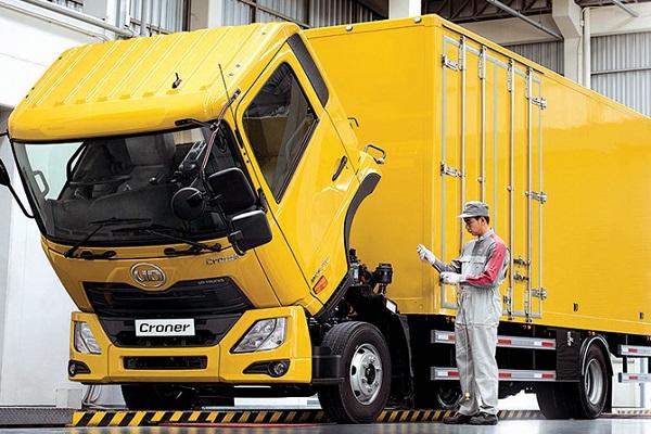UD Croner truck | Truck & Trailer
