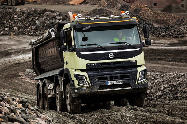 The tough Volvo FMX | Truck & Trailer