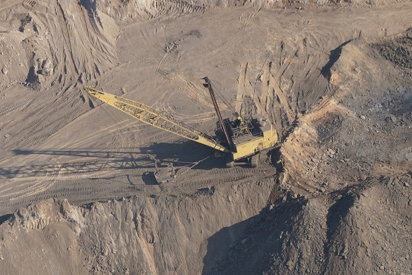 Get a dragline for your mining business | Truck & Trailer