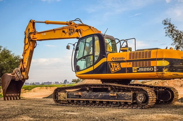 Buy an excavator on Truck & Trailer