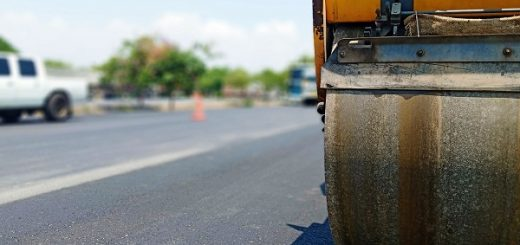 Asphalt-paving tips | Truck & Trailer