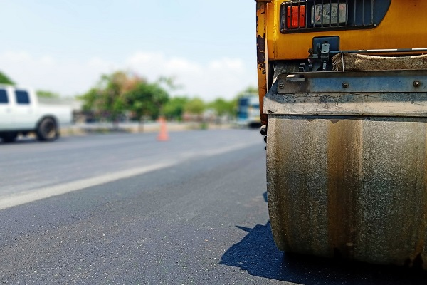 9 asphalt-paving tips and tricks for quality paving