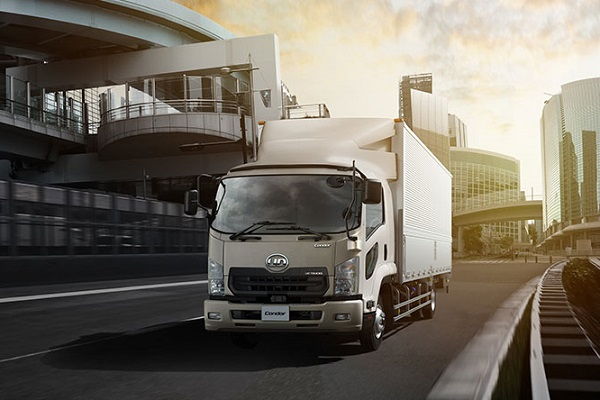 UD Condor: the ideal medium-duty truck for your business | Truck & Trailer